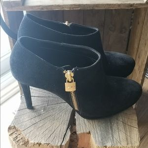Black Michael Kors ankle boots booties pumps